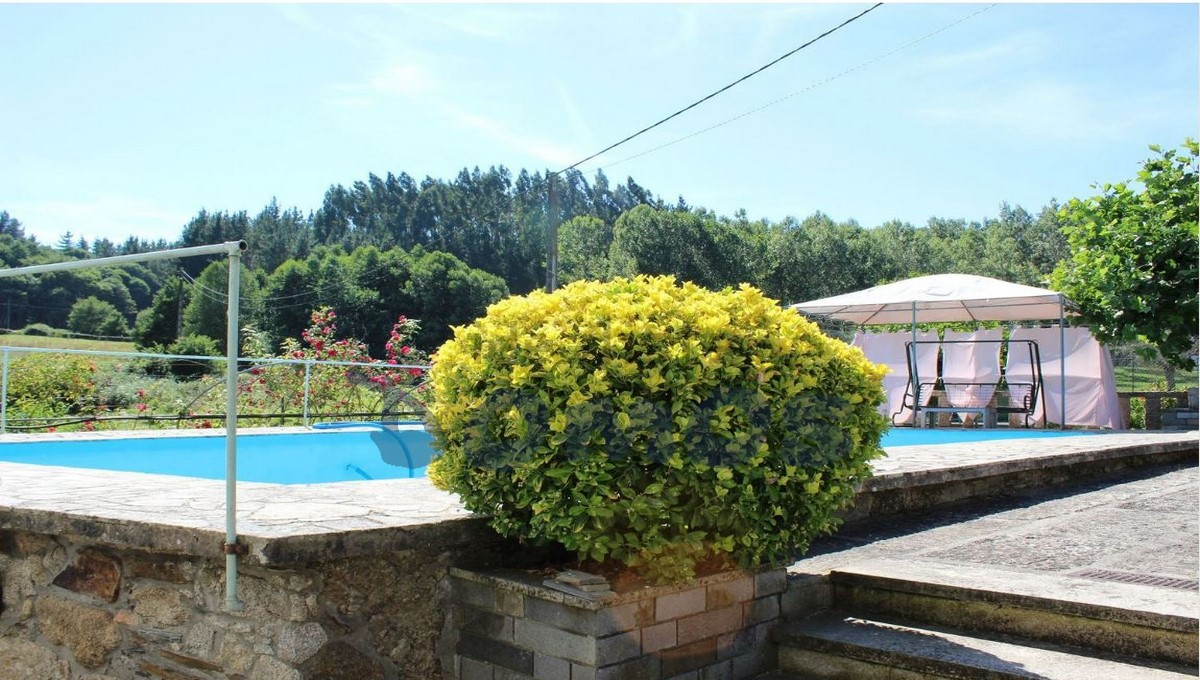 Casa en venta en Castroverde (11)