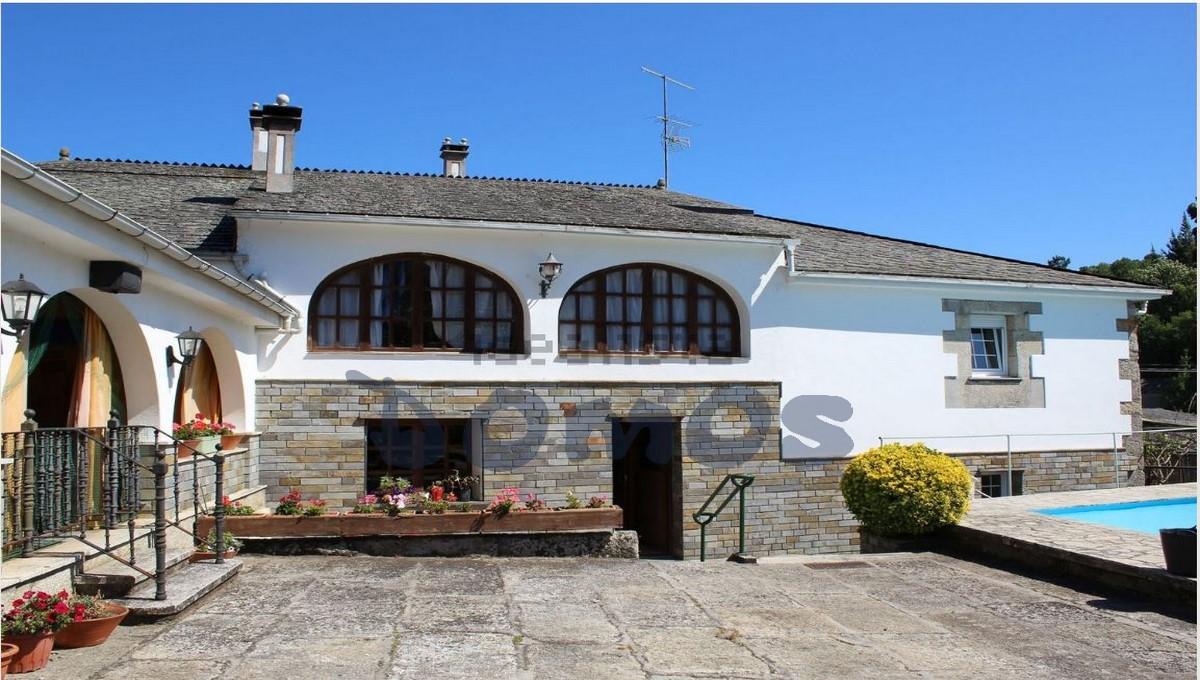 Casa en venta en Castroverde (2)