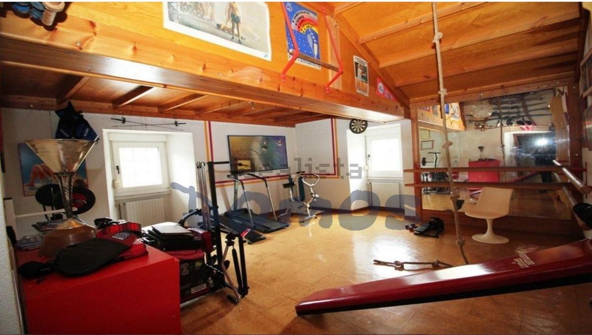 Casa en venta en Castroverde (29)