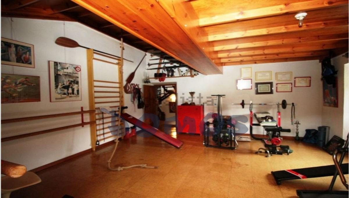 Casa en venta en Castroverde (30)