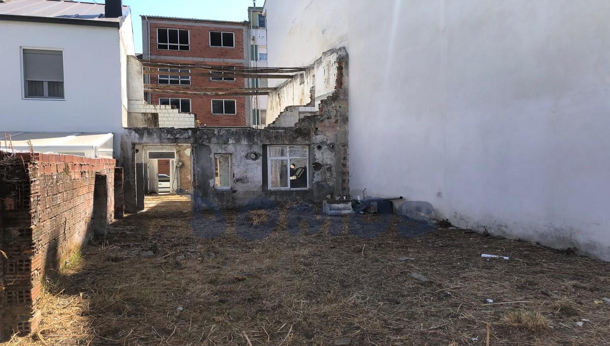 Parcela edificable en calle Milagrosa, Lugo