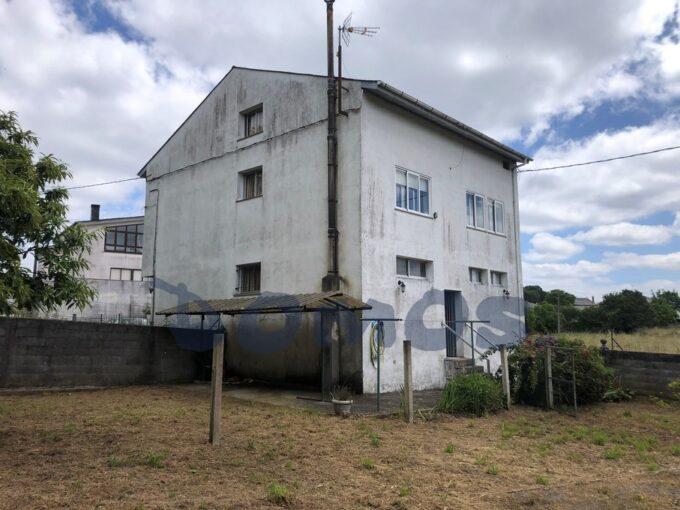 Casa en Castro Riberas de Lea, Lugo.